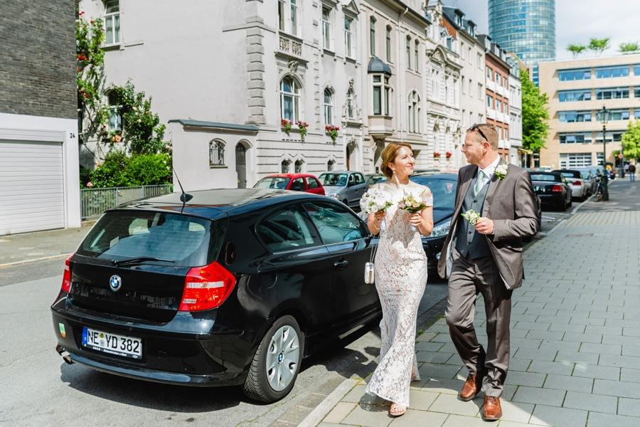 sonnige Hochzeit in Düsseldorf