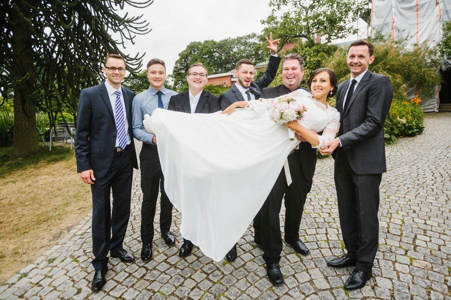 Braut Gruppenfoto