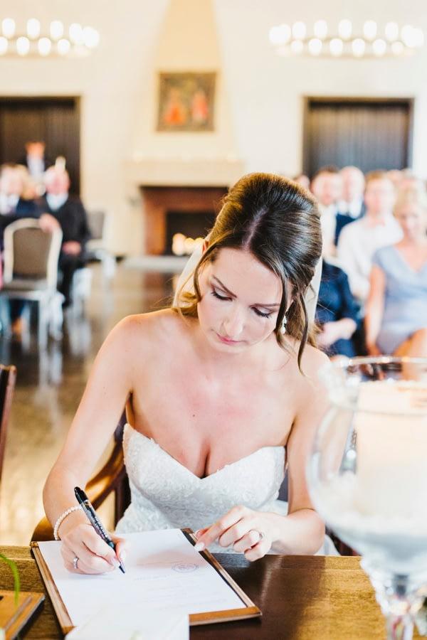 Unterschrift Braut