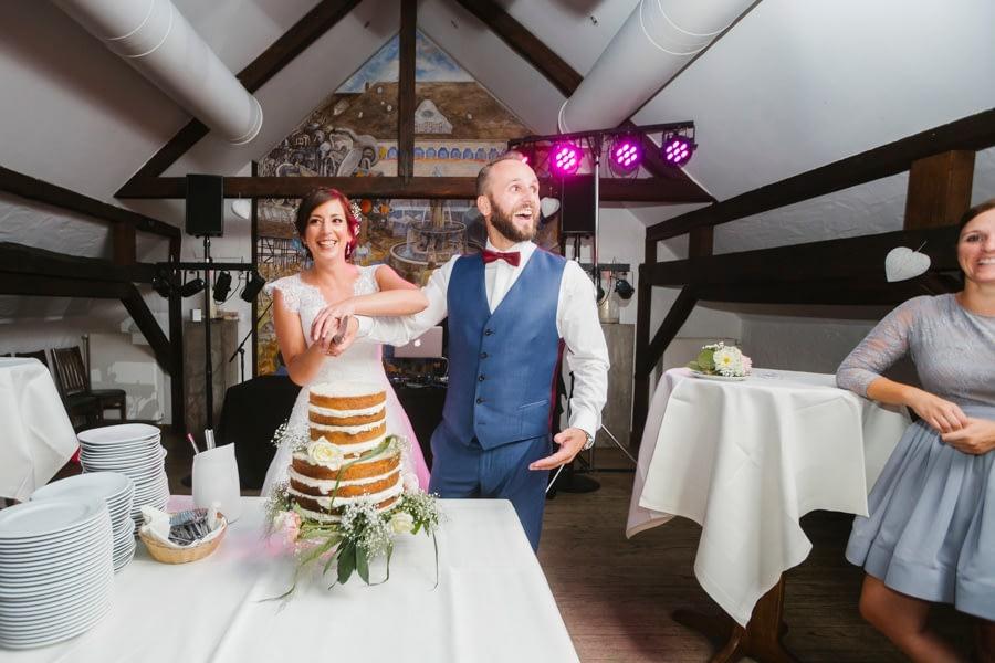 Brautpaar Hochzeitstorte