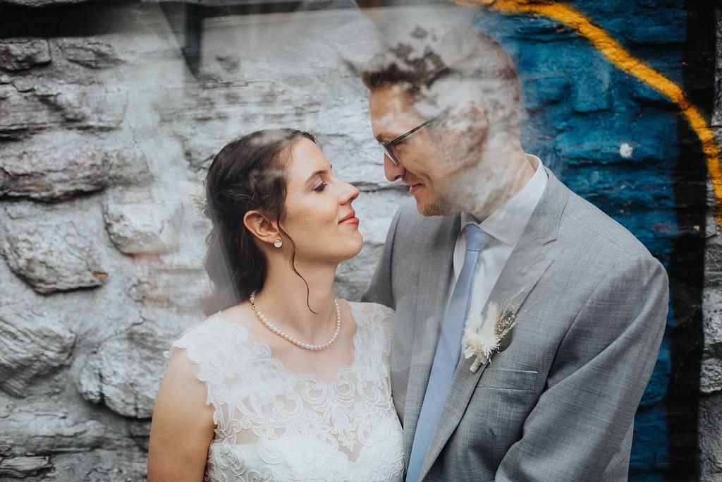 verspielte Hochzeitsfotos