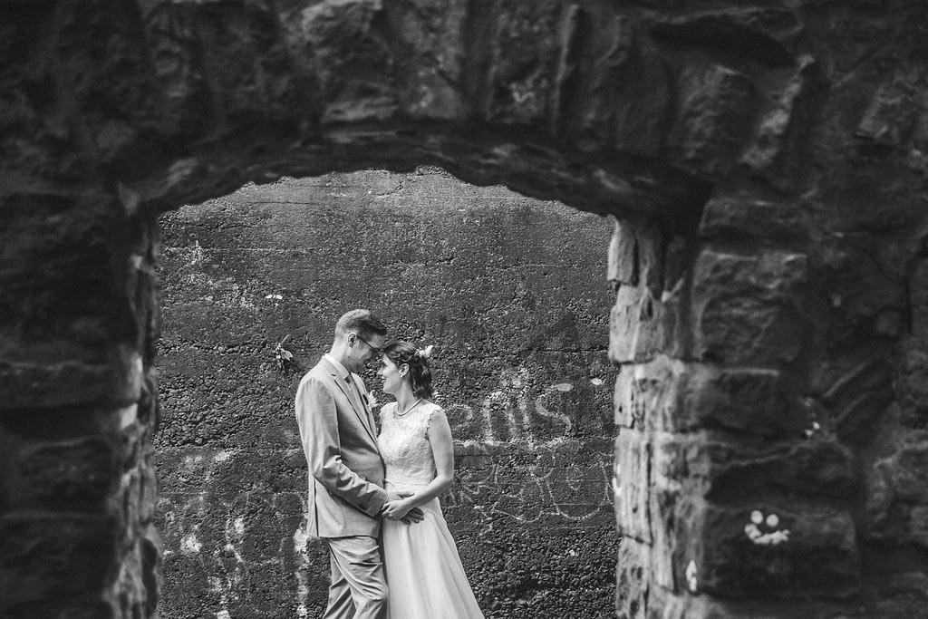 Brautpaarshooting auf einer Burg