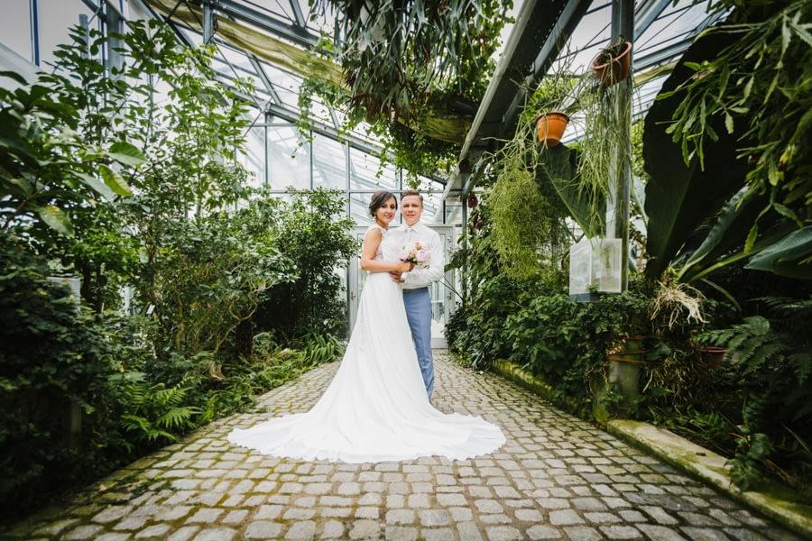 Gewächshaus Brautpaar