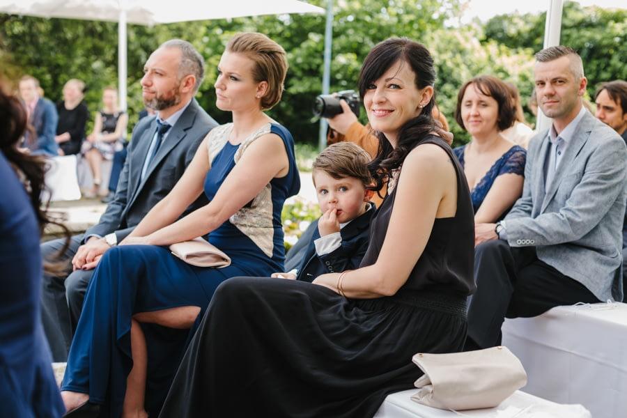 Fotorepoarte HochzeitsgästeFotorepoarte Hochzeitsgäste