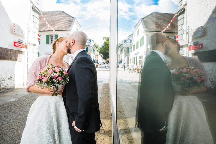 Spiegelung Brautpaar